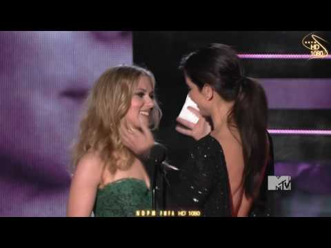 Scarlett Johansson and Sandra Bullock Kiss  HD 1080