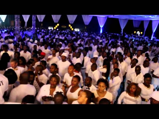 ZARI ALL WHITE PARTY AT MLIMANI CITY, DAR - KAJUNASON BLOG