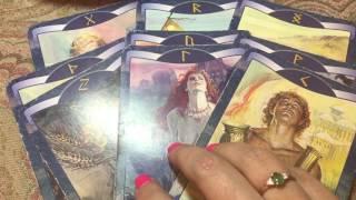 БУДУЩИЙ МУЖ. КАКИМ ОН БУДЕТ? ГАДАНИЕ НА РУНАХ.Divination on the runes/ Школа Таро