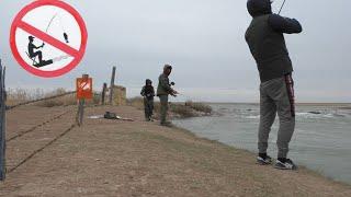 Рыбалка в ЗАПРЕТ Судак на Спиннинг БРАКОНЬЕРСКИЕ СЕТИ ШОЛАК Камни