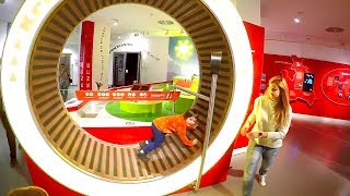 At the Children's Museum of Science | Family Trip to the Best Museums for Kids with TimKo Kid