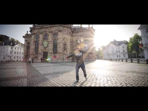 EstA - Alleine gegen Alle (rappers.in Video-Premiere)