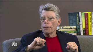 Stephen King wants to reach out and grab you -- with his writing