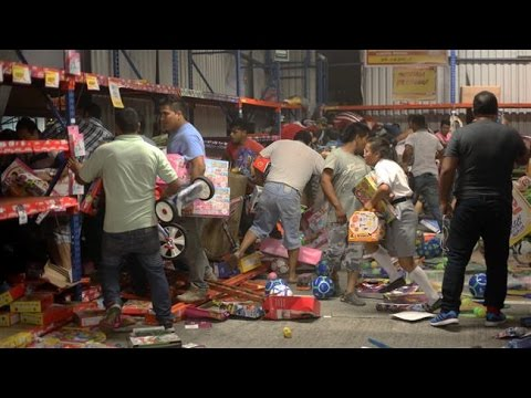 Mexican's Angry over gasoline prices hikes - People Rioting & about 80 Store Looting.
