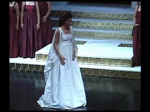 """Lucia Aliberti, Norma """"Ah! Bello a me ritorna"""", conductor Alessandro Vitiello, April 2010"""