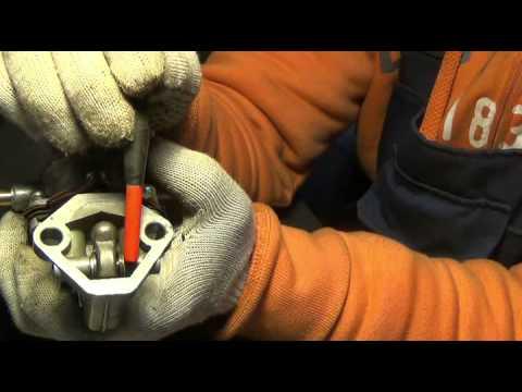 Попадает бензин в масло бензонасос плунжерный заз 1103