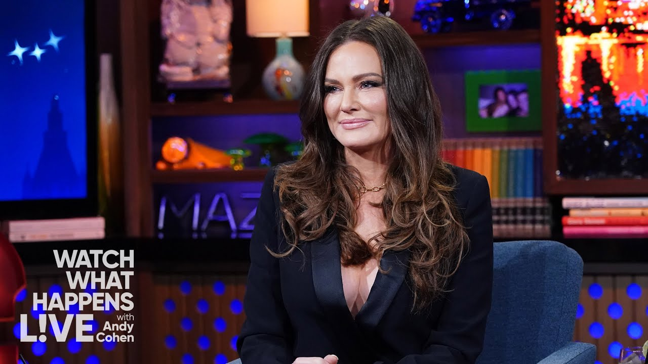 Meredith Marks on Her Friendship with Lisa Barlow | WWHL
