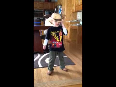 Kid knows all the words to Jason Aldean's 1994!