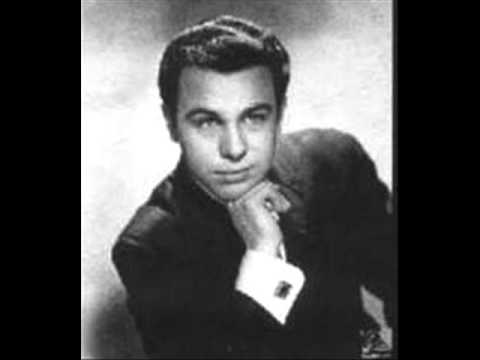 Ronnie Dio and the Red caps - An Angel is Missing (1961) .wmv