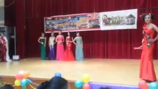 Fashion Show Gaun Malam HK