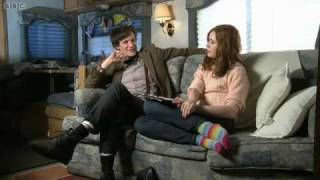 Repeat youtube video DW - Karen Gillan interviews Matt Smith