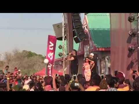 YO YO Honey Singh New 2017 LiVe Show ( Sunny Sunny ) With  Neha Kakar