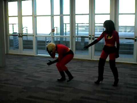 The Incredibles: Violet Vs Dash At Ohayocon 2010