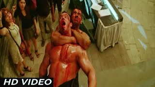Download Video John Abraham [ Most Deadly Fight ] of Race 2 MP3 3GP MP4