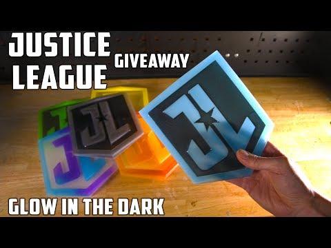Making 6 Justice League Emblems   PressTube