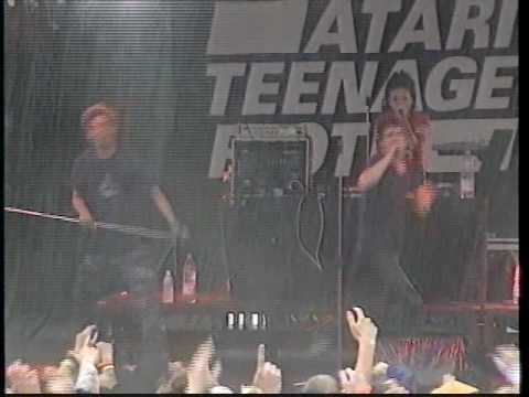 Atari Teenage Riot - Get Up While You Can (Live)