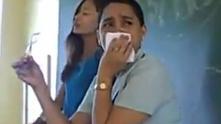 "Pinay Student Singing ""Habang May Buhay"" In front Of The Class"