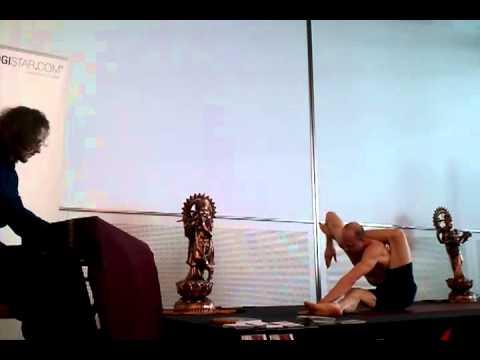 Ronald Steiner und Andreas Loh Yoga-Vorführung