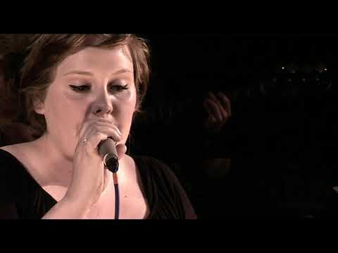 Adele - Chasing Pavements - 2007. BBC Radio 2. 9th December 2007