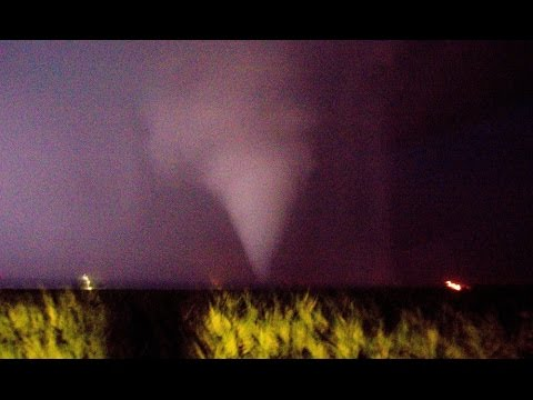 Pontiac tornado and northern Illinois lightning barrage - June 22, 2016