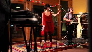 "Kimbra - ""Good Intent"" (Live at Sing Sing Studios)"