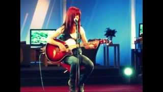 Love Bubble - Cynthia Janes (live at TV LIMBURG, June 2011)