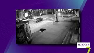 Лобовое столкновение с такси в Одессе (видео с камеры наблюдения)(Камеры видеонаблюдения зафиксировали вчерашнее ДТП с участием такси на углу улиц Успенской и Канатной...., 2016-11-03T12:51:55.000Z)