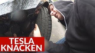Felix Bahlinger Knackt Meinen Tesla Model S Frunk!?