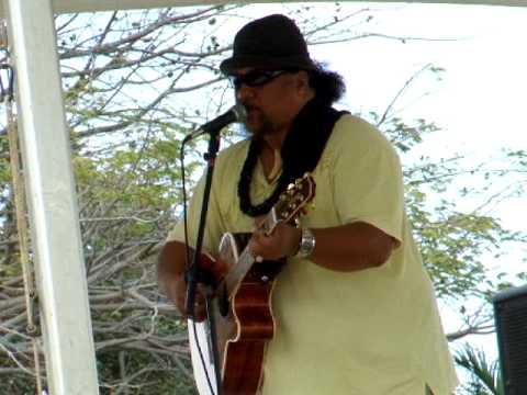 Willie K on Maui 1