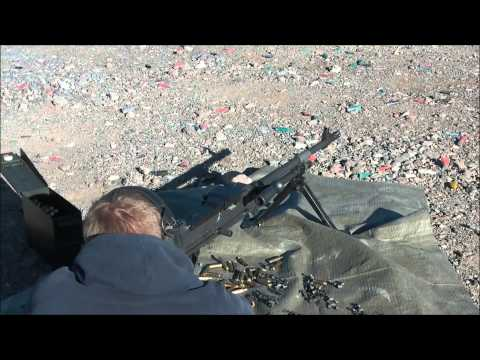 Shooting a FN Mag-58 / M240