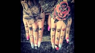 45 Powerful Hand Tattoo Designs