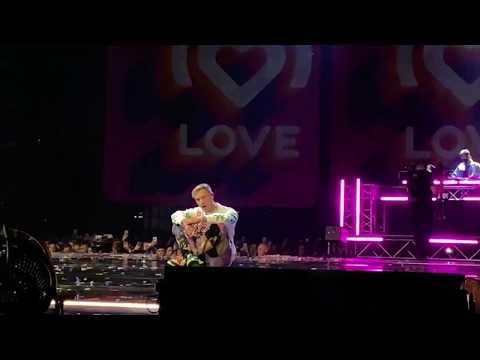Егор Крид - Голубые  глаза [ Big Love Show 2020 Москва]