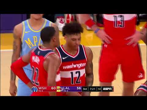 Kelly Oubre Jr. Gets A Technical for Clapping