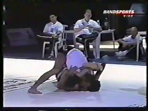 Eddie Bravo vs Royler Gracie - ENGLISH COMMENTARY by Eddie himself - (ADCC 2003)