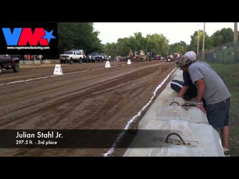 Tractor Pull Ste Genevieve MO 7-11-14 ITPA