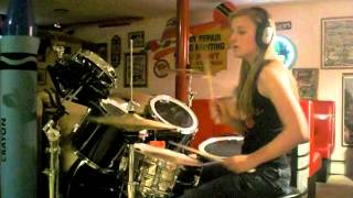 "Girl Drummer ""Holy Diver"" Dio (Drum Cover)"