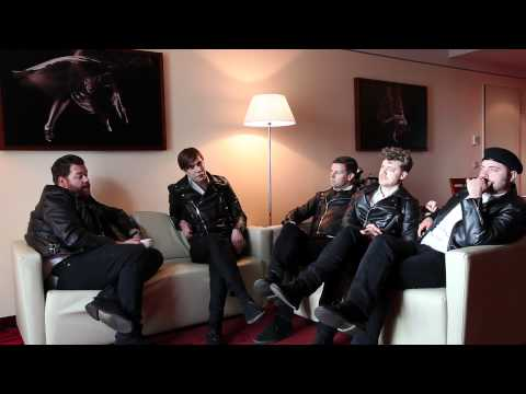 THE HIVES: LEX HIVES 02 - GO RIGHT AHEAD