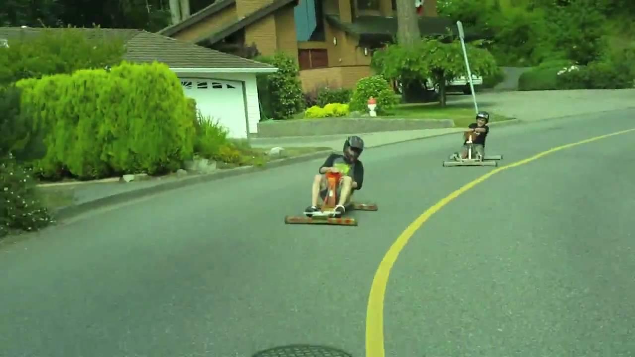 Downhill Kart Race Frenchy Vs Bavlog Youtube