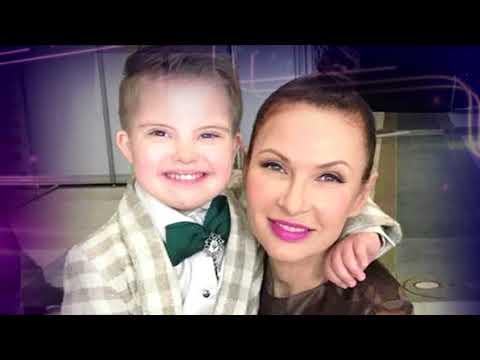 ребенок эвелины бледанс с синдромом дауна и фото