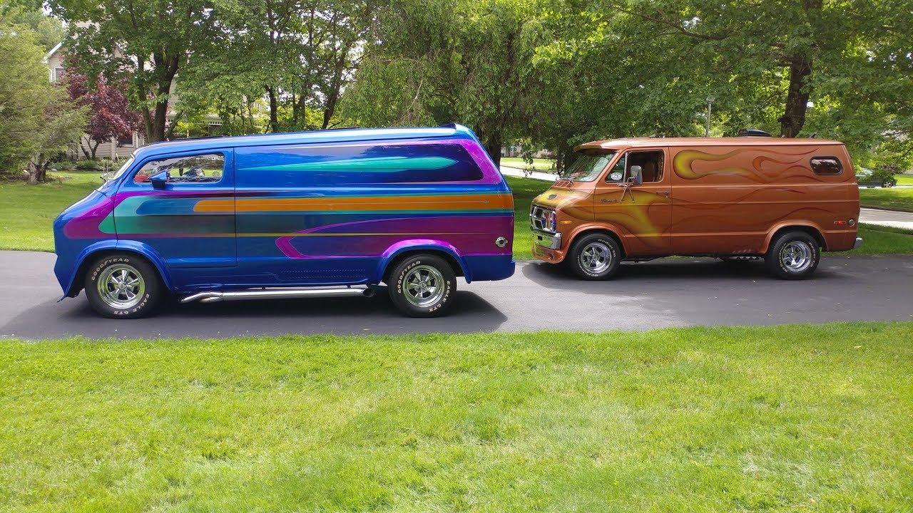 HotRodHarrys Mopar Custom 70s Vans