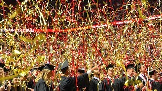 Streamers celebrate graduation