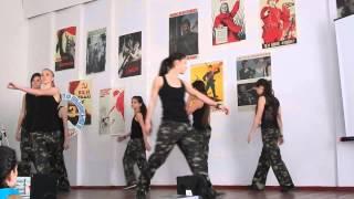 Танцевальный номер. Фестиваль в школе №43. Видео