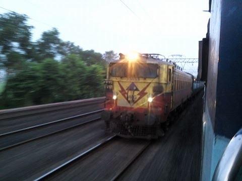 12378 Padatik Express races with 13186 Gangasagar Express