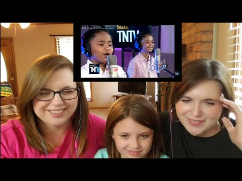 Download REACTION| TNT Boys - Flashlight Mp4 baru