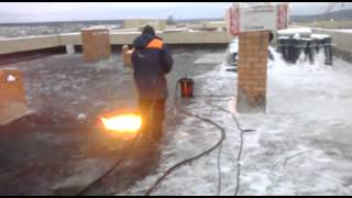Дизельная кровельная-горелка(В основном зимой используем дизельную горелку для монтажа наплавляемых материалов.на данном видео сушка..., 2013-04-15T13:31:28.000Z)