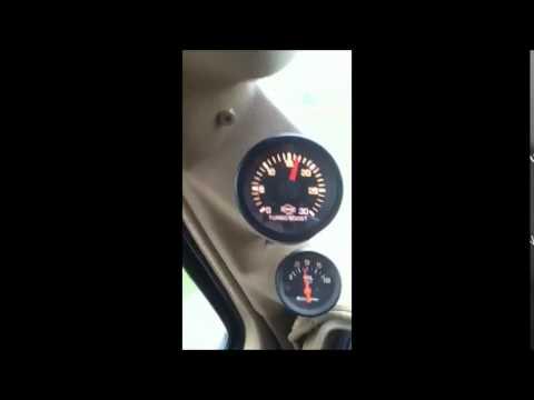 1986 F350, 6.9 IDI, Garrett GT3788R turbo. Boost on acceleration. Blows intercooler boot.