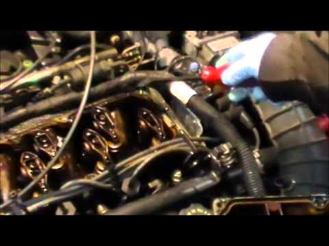 Chevy cavalier valve cover gasket replacement youtube chevy cavalier valve cover gasket replacement freerunsca Gallery