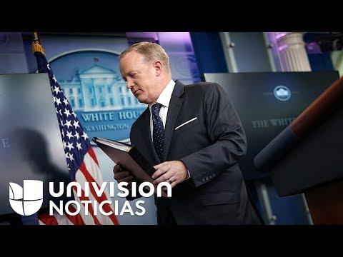 Sean Spicer termina con una tensa relación entre el gobierno de Trump y los medios