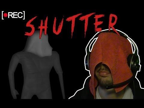 IL MOSTRO CON L'ASCIUGAMANO IN TESTA - Shutter (Indie Horror Gameplay)