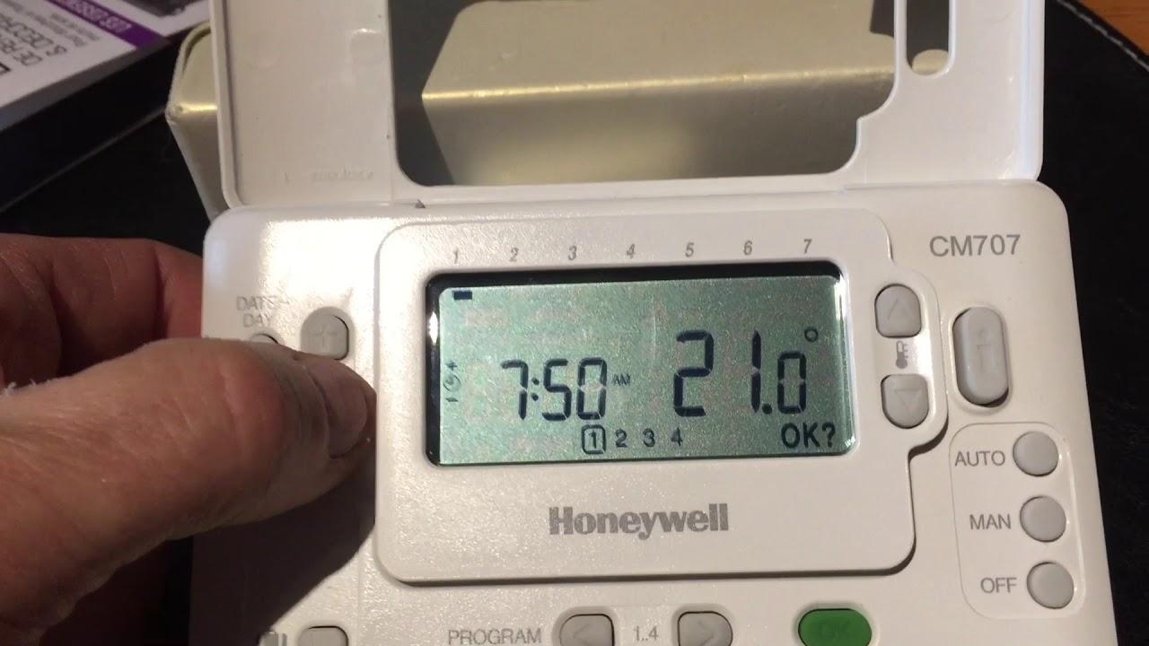 Programmation Du Thermostat Honeywell Cm707 Youtube